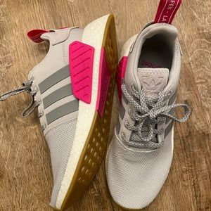 Women's Adidas NMD R1 Shoes size 10